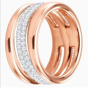 Swarovski Exact Ring Rose Gold Sz 6